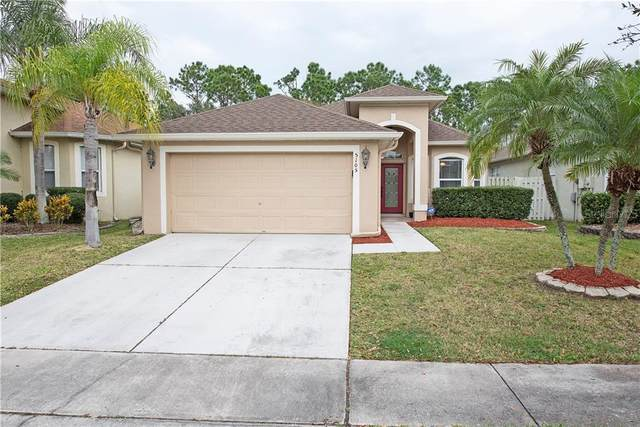 5105 Bellthorn Drive, Orlando, FL 32837 (MLS #S5031722) :: Bustamante Real Estate