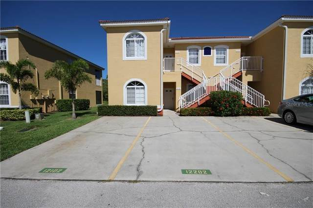 12102 Indian Creek Drive 12-C, Poinciana, FL 34759 (MLS #S5032173) :: Bustamante Real Estate