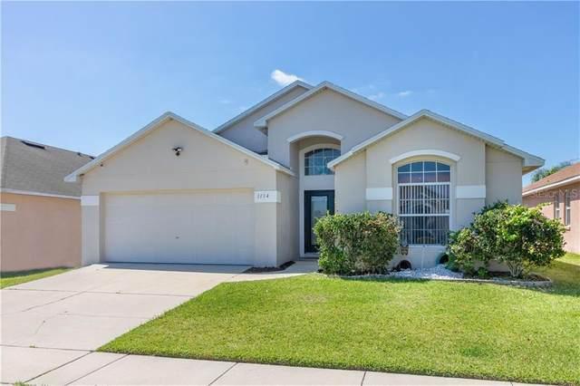 1134 Liberty Hall Drive, Kissimmee, FL 34746 (MLS #S5032376) :: Sarasota Home Specialists