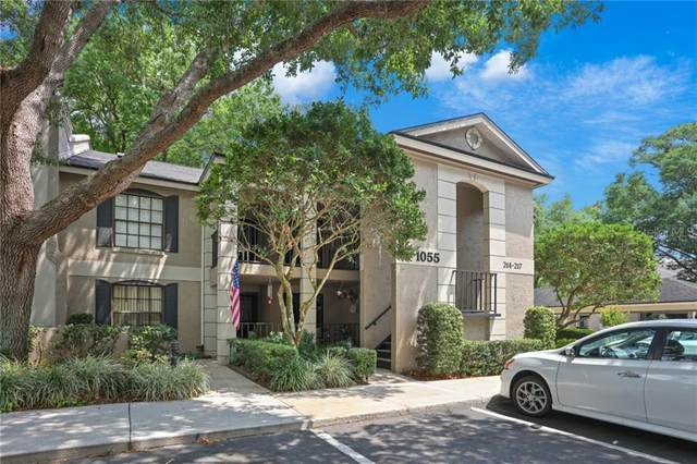 1055 Kensington Park Drive #215, Altamonte Springs, FL 32714 (MLS #S5032895) :: The Duncan Duo Team