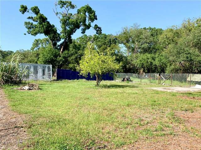 610 1ST Avenue NE, Ruskin, FL 33570 (MLS #S5033630) :: Bustamante Real Estate