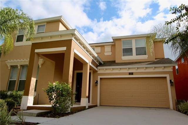 121 Las Fuentes Drive, Kissimmee, FL 34746 (MLS #S5033811) :: Bustamante Real Estate