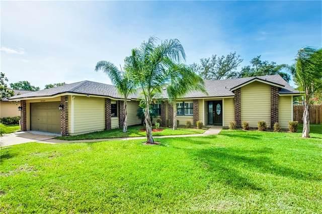 9304 Woodbreeze Boulevard, Windermere, FL 34786 (MLS #S5033972) :: Cartwright Realty