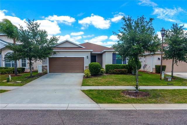 4705 Ruby Red Lane, Kissimmee, FL 34746 (MLS #S5034820) :: Homepride Realty Services