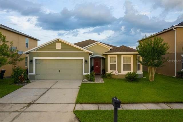 1931 Betsy Ross Lane, Saint Cloud, FL 34769 (MLS #S5034865) :: Homepride Realty Services