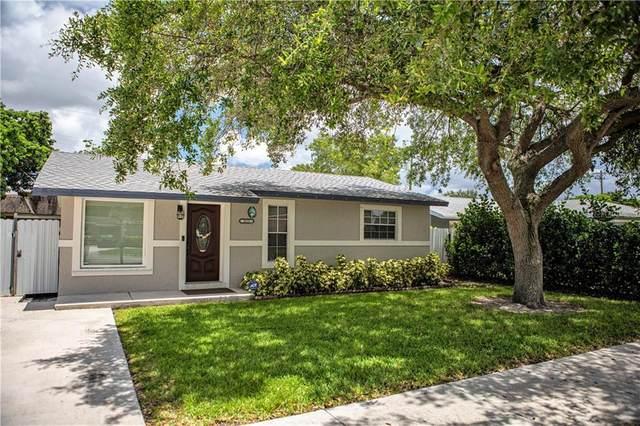2631 N 72ND Way, Hollywood, FL 33024 (MLS #S5035509) :: RE/MAX Premier Properties
