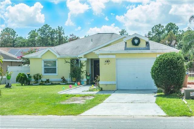 212 Applewood Court, Kissimmee, FL 34743 (MLS #S5035904) :: Griffin Group
