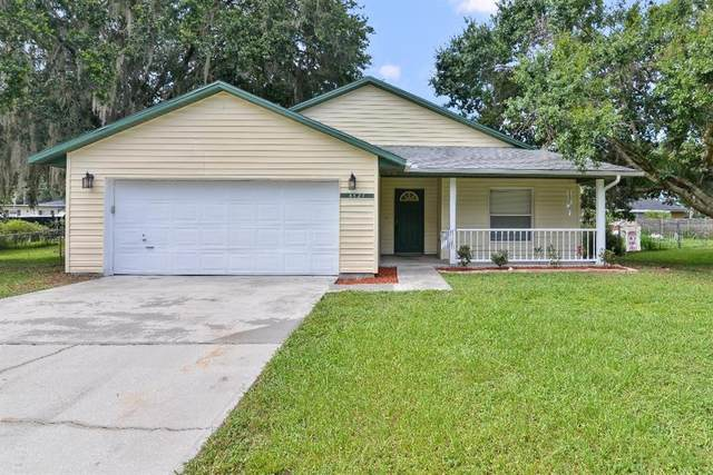 4824 Meadow Drive, Saint Cloud, FL 34772 (MLS #S5036151) :: Bustamante Real Estate