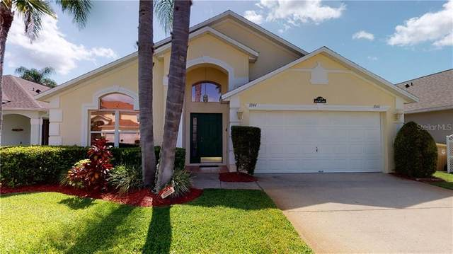 1044 Lake Berkley Drive, Kissimmee, FL 34746 (MLS #S5036245) :: Griffin Group