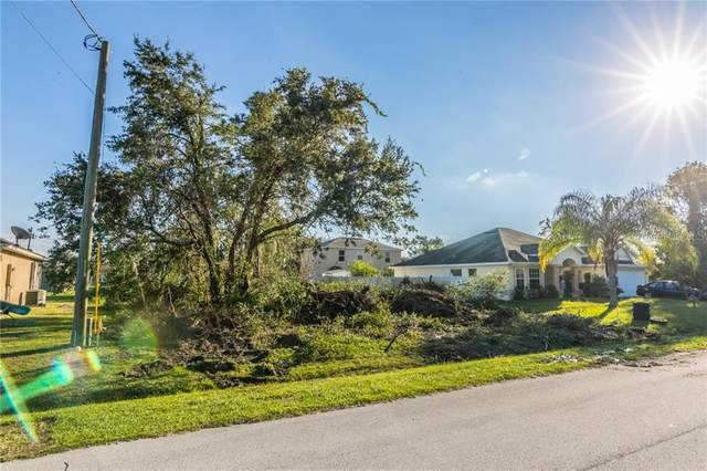 625 Raven Court, Poinciana, FL 34759 (MLS #S5036713) :: Carmena and Associates Realty Group