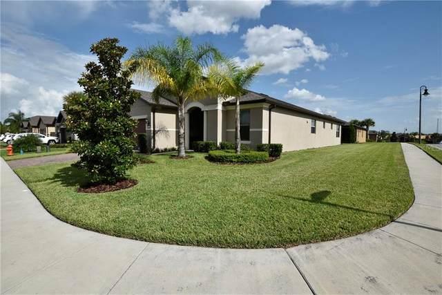 731 Asturias Road, Davenport, FL 33837 (MLS #S5037770) :: Team Bohannon Keller Williams, Tampa Properties