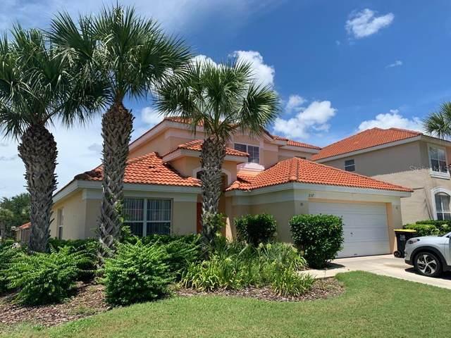 257 Sevilla Avenue, Davenport, FL 33897 (MLS #S5038423) :: Bustamante Real Estate