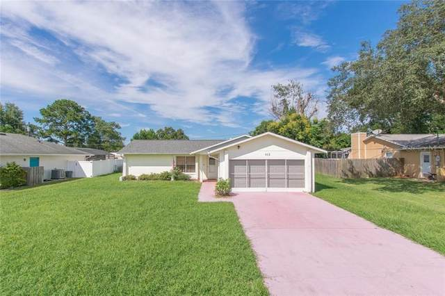 912 Vercelli Street, Deltona, FL 32725 (MLS #S5040685) :: Gate Arty & the Group - Keller Williams Realty Smart