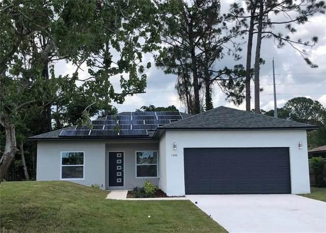 604 Park Avenue, Indian Lake Estates, FL 33855 (MLS #S5040944) :: Griffin Group