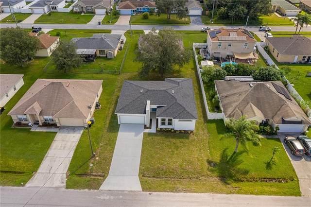 410 Flamingo Court, Poinciana, FL 34759 (MLS #S5041489) :: The Figueroa Team