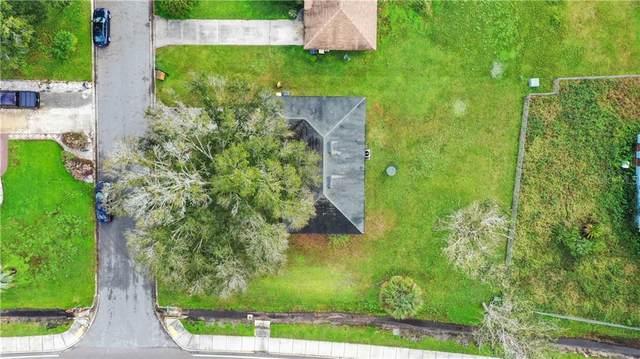 702 Bogie Court, Poinciana, FL 34759 (MLS #S5042893) :: Carmena and Associates Realty Group
