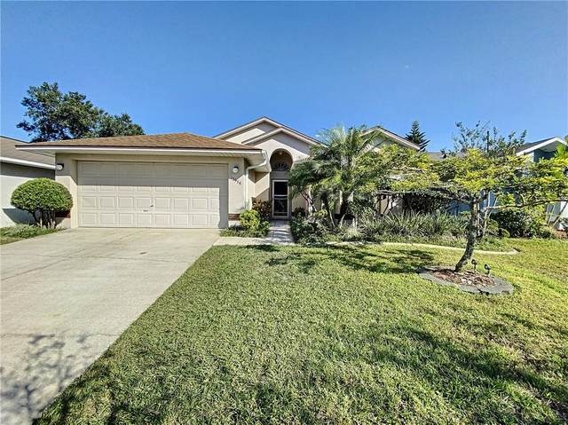 12956 Downstream Circle, Orlando, FL 32828 (MLS #S5043264) :: Century 21 Professional Group