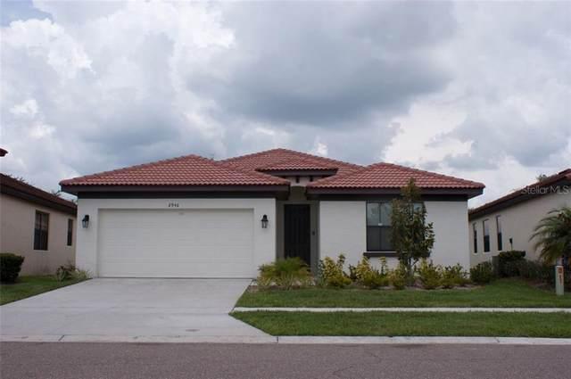 2946 Casabella Drive, Kissimmee, FL 34744 (MLS #S5044019) :: Everlane Realty