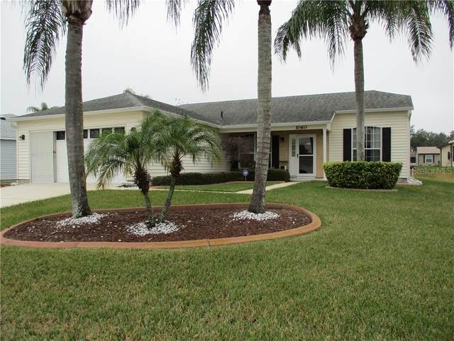 1060 Canary Circle S, Lakeland, FL 33809 (MLS #S5045058) :: Everlane Realty