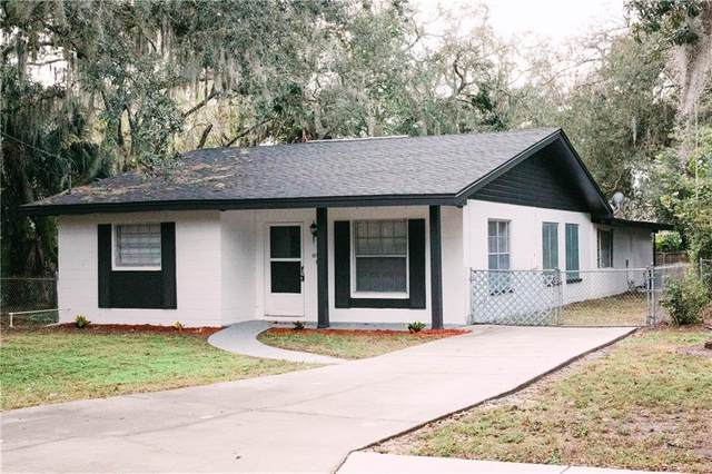 12912 Woodleigh Ave, Tampa, FL 33612 (MLS #S5045256) :: CGY Realty