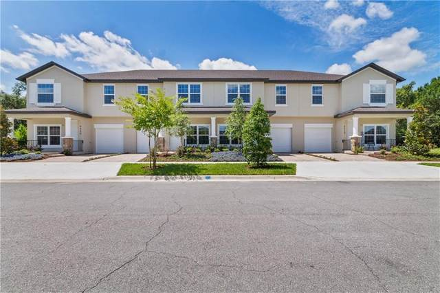4448 Summer Flowers Pl, Kissimmee, FL 34746 (MLS #S5045363) :: Realty Executives Mid Florida