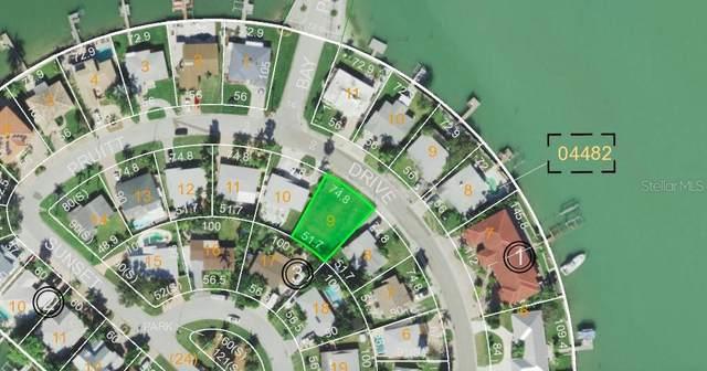 743 Pruitt Drive, Madeira Beach, FL 33708 (MLS #S5046177) :: Heckler Realty