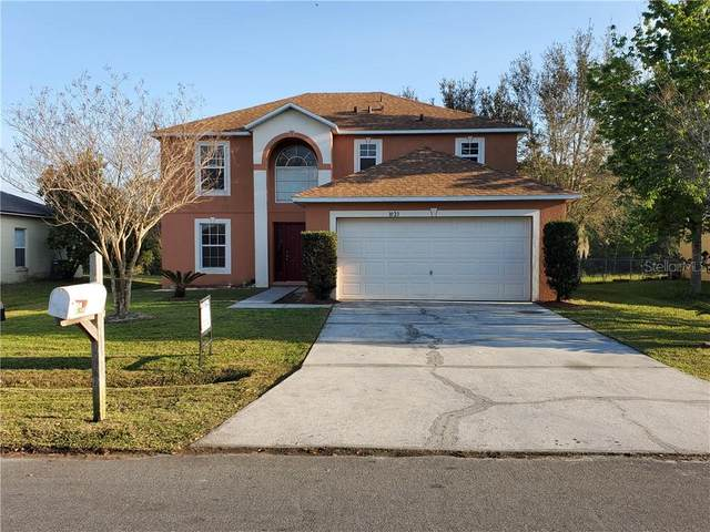 1023 Mardi Gras Drive, Kissimmee, FL 34759 (MLS #S5046544) :: Prestige Home Realty