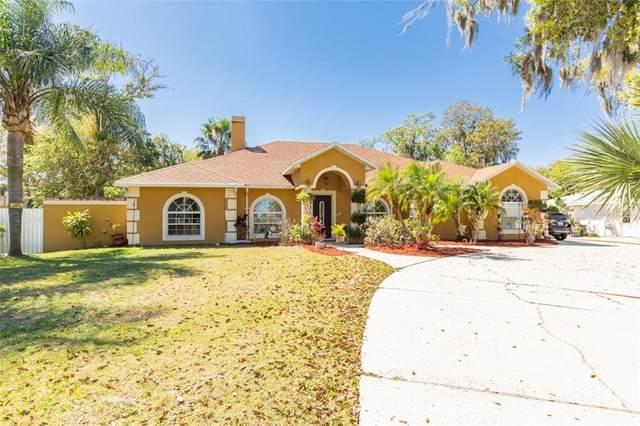 1026 E Lake Shore Boulevard, Kissimmee, FL 34744 (MLS #S5047260) :: Pepine Realty