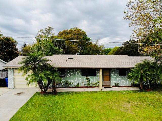 806 N Palm Avenue, Kissimmee, FL 34741 (MLS #S5047484) :: Zarghami Group