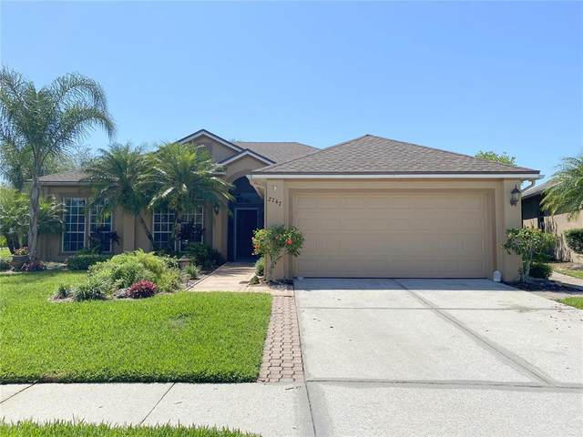 2747 Scarborough Drive, Kissimmee, FL 34744 (MLS #S5049636) :: Everlane Realty