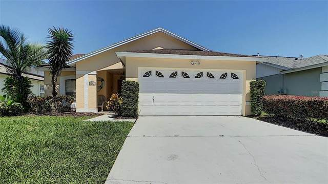1509 Oak Hill Trail, Kissimmee, FL 34747 (MLS #S5050136) :: The Hesse Team