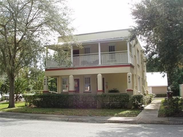908 Mabbette Street, Kissimmee, FL 34741 (MLS #S5050217) :: Pepine Realty