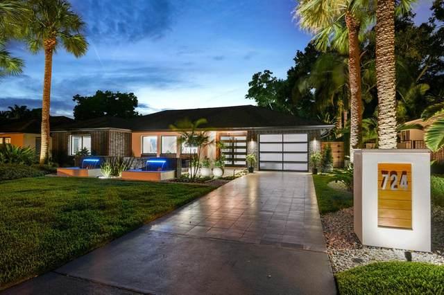 724 Lake Davis Drive, Orlando, FL 32806 (MLS #S5050829) :: RE/MAX Premier Properties