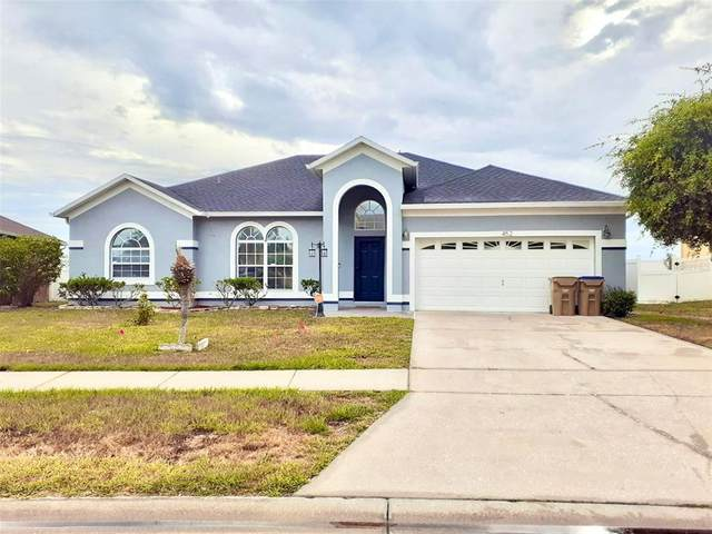 452 Tamarind Parke Lane, Kissimmee, FL 34758 (MLS #S5051749) :: Delgado Home Team at Keller Williams