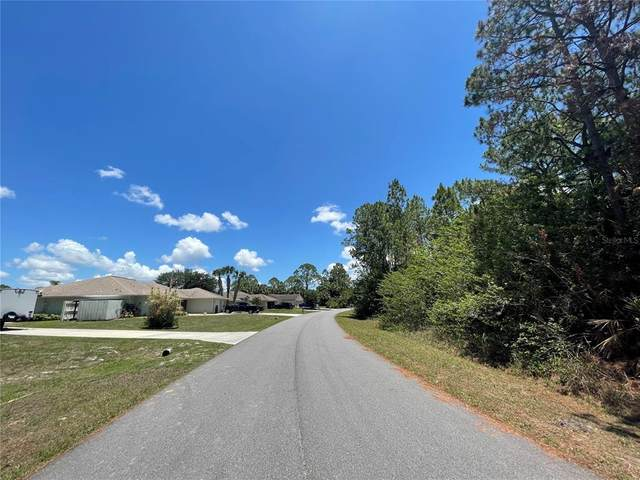 1876 Red Bud Circle NW, Palm Bay, FL 32907 (MLS #S5052129) :: GO Realty