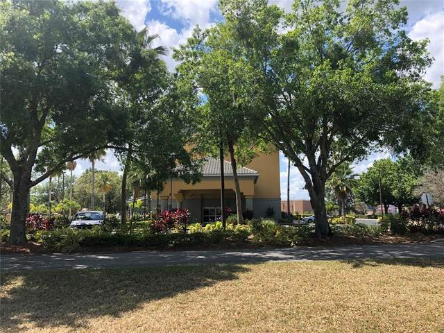 3000 Maingate Lane #424, Kissimmee, FL 34747 (MLS #S5052182) :: CGY Realty