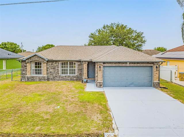 611 Basingstoke Court, Kissimmee, FL 34758 (MLS #S5052325) :: Young Real Estate