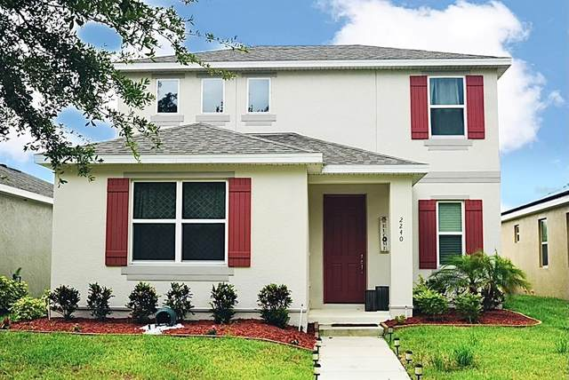 2240 Grasmere View Parkway S, Kissimmee, FL 34746 (MLS #S5052405) :: Your Florida House Team