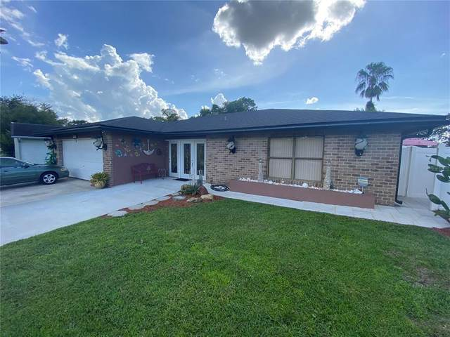 106 Bianca Court, Kissimmee, FL 34758 (MLS #S5056299) :: Gate Arty & the Group - Keller Williams Realty Smart
