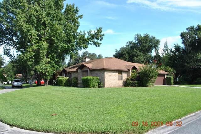 1751 Moss Court, Kissimmee, FL 34744 (MLS #S5056497) :: Sarasota Gulf Coast Realtors
