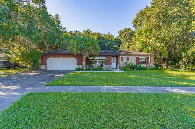 1470 Oak Leaf Lane N, Kissimmee, FL 34744 (MLS #S5056822) :: Everlane Realty