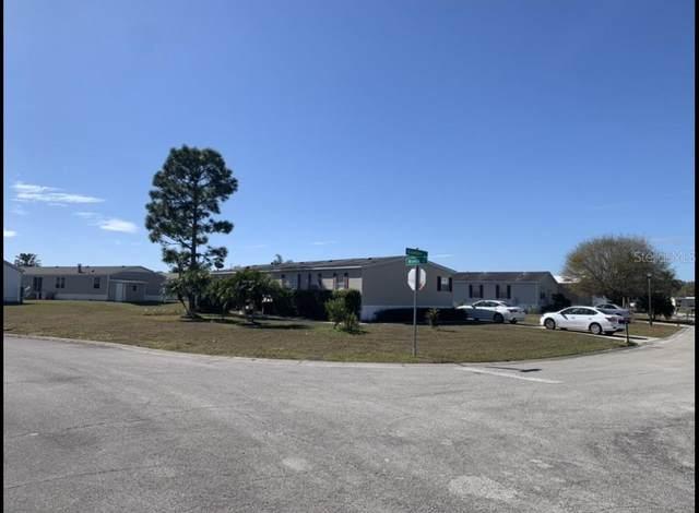 302 Evandee Court, Kissimmee, FL 34758 (MLS #S5057372) :: Team Turner