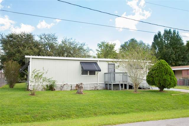 1085 Pineapple Way, Kissimmee, FL 34741 (MLS #S5057702) :: Delgado Home Team at Keller Williams