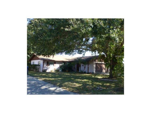 1402 Crystal Court, Tavares, FL 32778 (MLS #T2890222) :: KELLER WILLIAMS CLASSIC VI
