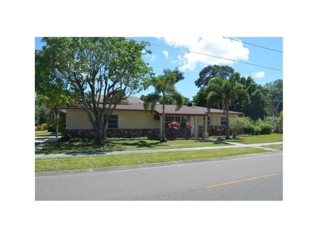 1590 Connecticut Avenue NE, St Petersburg, FL 33703 (MLS #T2914729) :: Revolution Real Estate