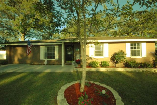 901 Carrie Cove, Valrico, FL 33594 (MLS #T2918696) :: Arruda Family Real Estate Team