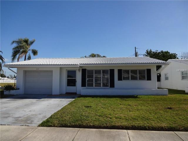 10137 Mainlands Boulevard W, Pinellas Park, FL 33782 (MLS #T2925458) :: The Duncan Duo Team