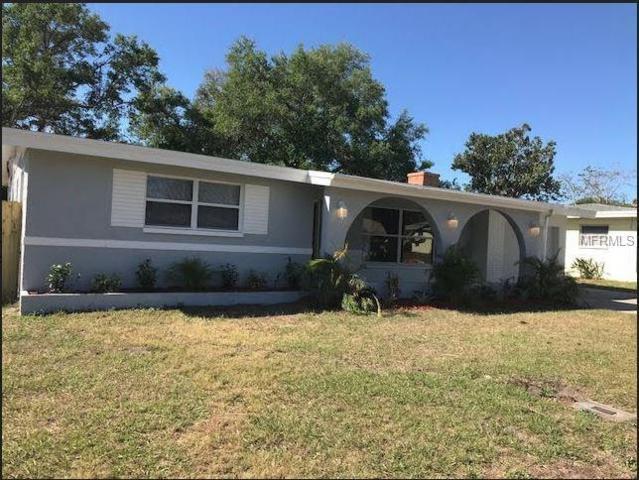 11320 113TH Avenue, Seminole, FL 33778 (MLS #T2936365) :: Chenault Group