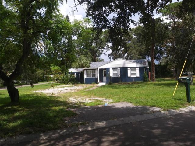 1350 Admiral Woodson Lane, Clearwater, FL 33755 (MLS #T3129676) :: The Lockhart Team