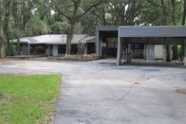 3019 Lithia Pinecrest Road, Valrico, FL 33596 (MLS #T3137417) :: Welcome Home Florida Team